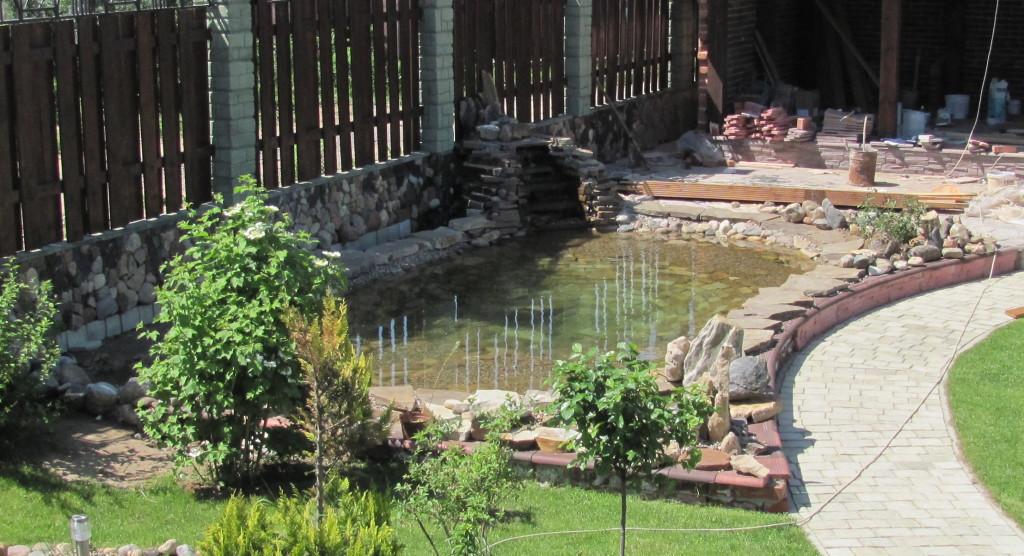 Декоративный водоем для садового участка